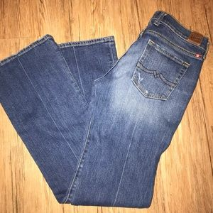 Lucky Brand Cumberland Sweet N Low jeans.Size 4/27